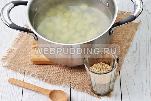 gribnoj-sup-iz-zamorozhennyh-gribov-7