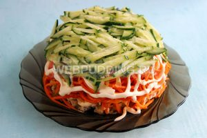 salat-vostorg-s-korejskoj-morkovyu-4