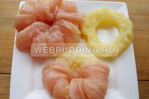 kuritsa-s-ananasami-na-skovorode-3