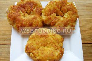 kuritsa-s-ananasami-na-skovorode-8