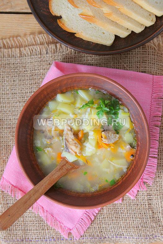 sup v multivarke s risom i rybnymi konservami 10