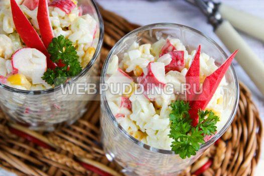 salat iz krabovyh palochek s risom 9