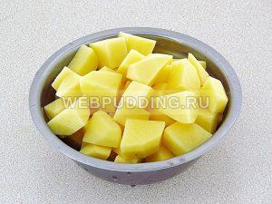 kartofel s myasom v gorshochkah 10