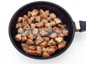 kartofel s myasom v gorshochkah 5