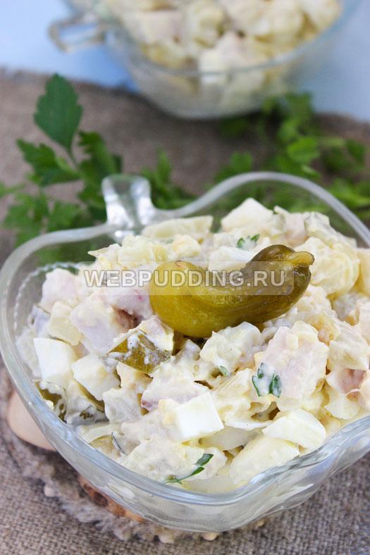 salat s kopchenoj kuricej i ogurcami 9