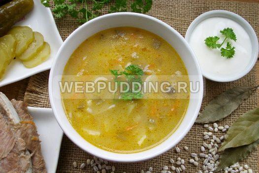 sup rassolnik s perlovkoj i solenymi ogurcami 8