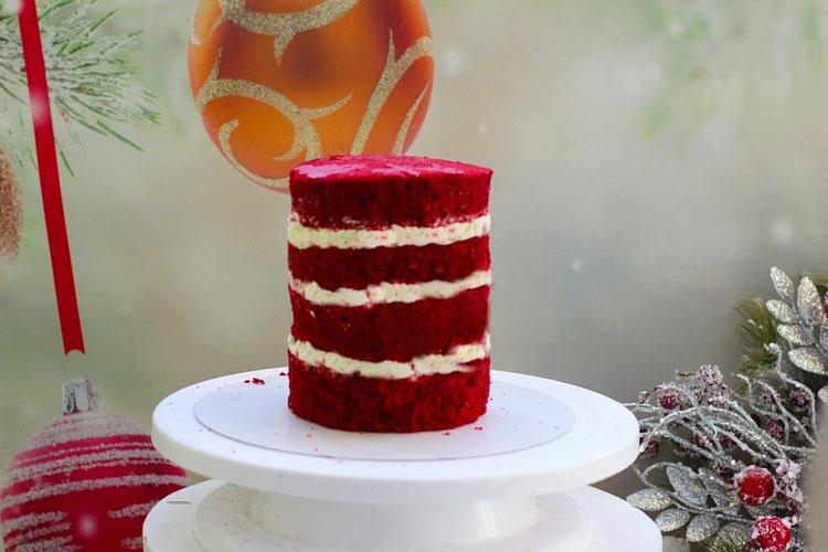 tort krasnyj barhat svecha 1