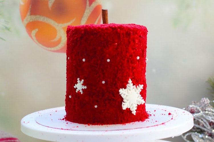 tort krasnyj barhat svecha 2
