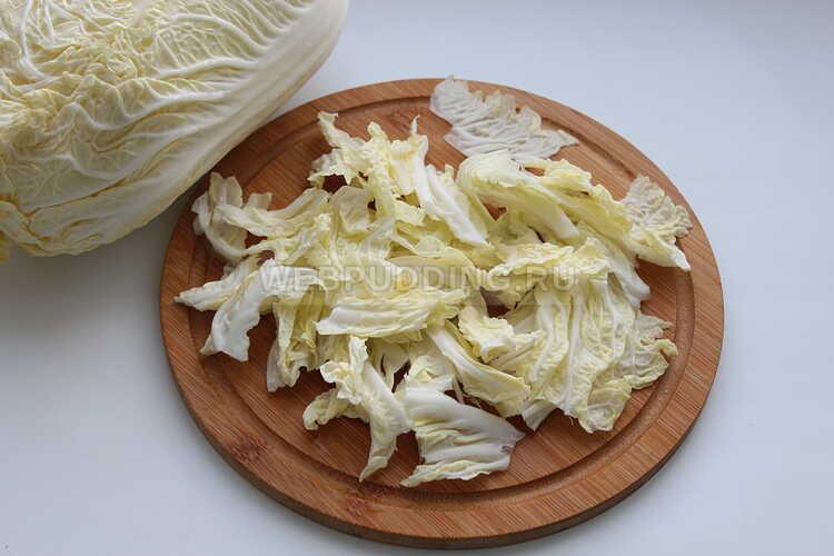 grecheskij salat s pekinskoj kapustoj i rassolnym syrom 6