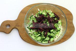 salat iz kolrabi s kolbasoj 4