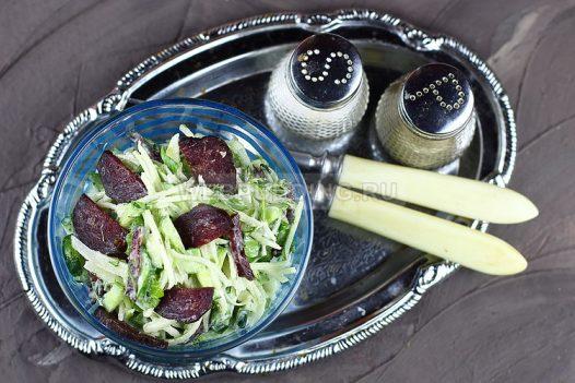 salat iz kolrabi s kolbasoj 8